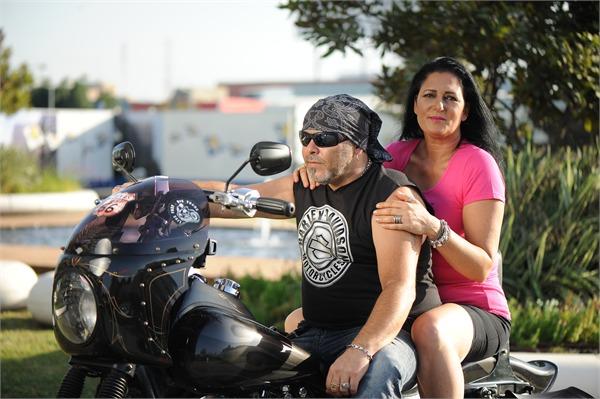 מסע של מחלימות מסרטן על אופנועים