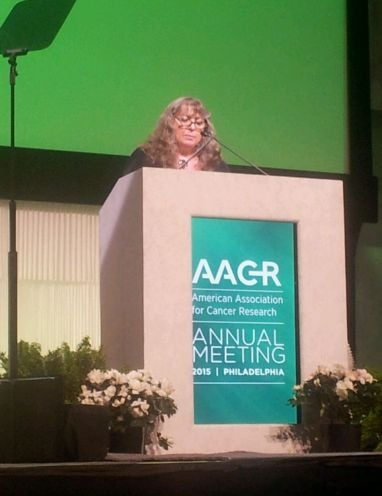 Mrs. Miri Ziv receives her AACR Prize